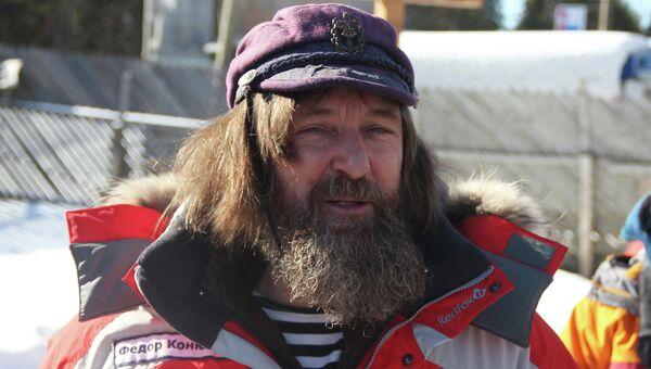 Федор Конюхов общается с журналистами и гостями экспедиции в Карелии