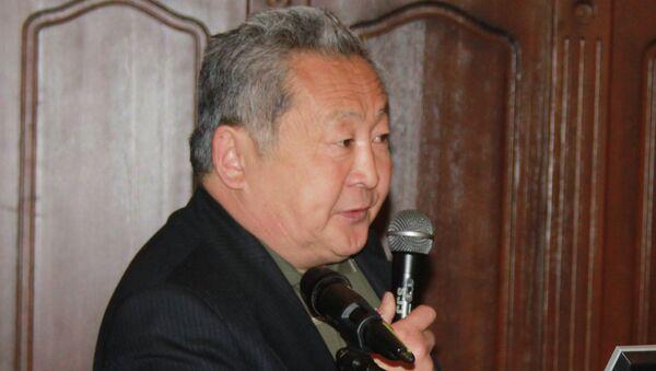 Сенатор от Бурятии Арнольд Тулохонов