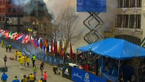 Стоп-кадр видеозаписи, запечатлевшей момент взрыва в Бостоне