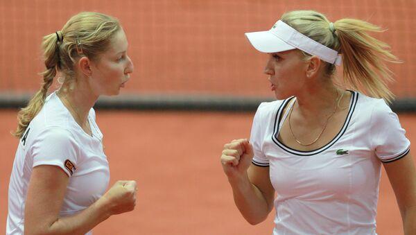 Российские теннисистки Екатерина Макарова (слева) и Елена Веснина. Архивное фото