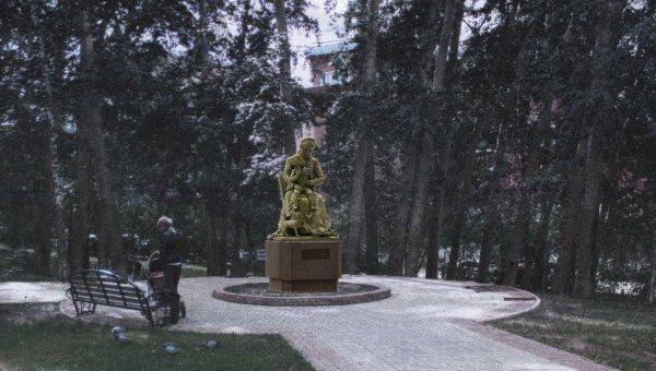 Макет памятника няне Пушкина