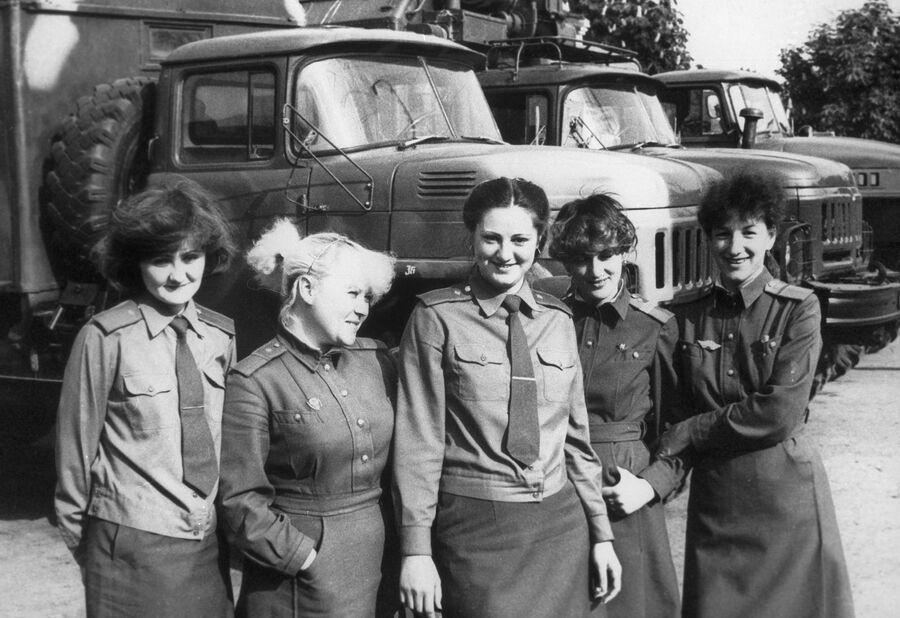 Девушки-связистки, работавшие при ликвидации аварии на Чернобыльской АЭС
