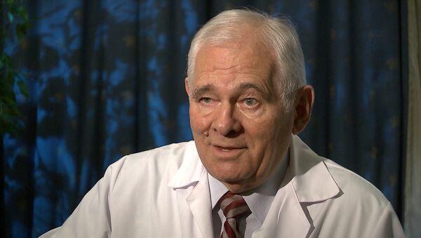 Леонид Рошаль о юбилее, любимой награде и об отношениях с пациентами