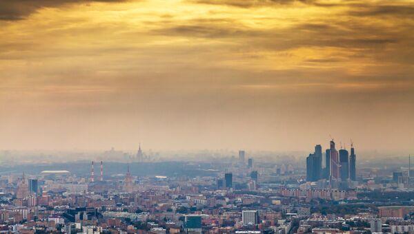Закат над Москвой. Архивное фото