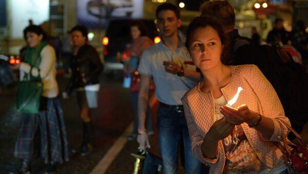 Благодатный огонь из Иерусалима встречают в аэропорту Внуково