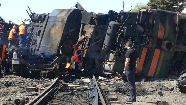 Cход вагонов с нефтепродуктами в Ростовской области