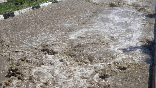Центр Назрани затопило из-за прорыва шлюза на канале