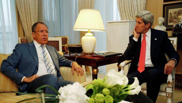 Глава МИД РФ Сергей Лавров на встрече с госсекретарем США Джоном Керри