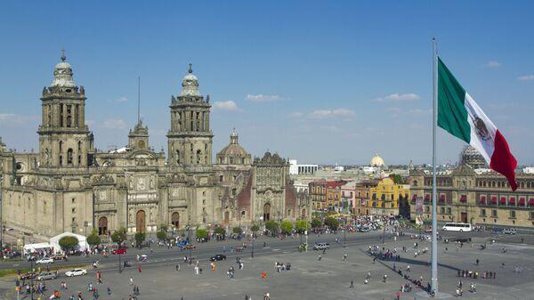 Площадь Конституции в Мехико. Архивное фото
