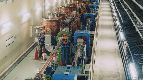 Ускорительная секция коллайдера KEKB
