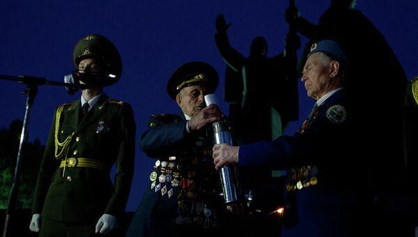 Томские ветераны оставили письмо потомкам в Лагерном саду к 100-летию Победы