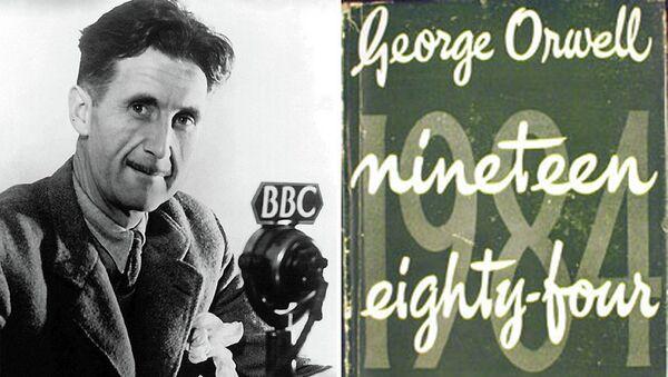 Джордж Оруэлл и обложка одного из первых изданий романа 1984. Архивное фото