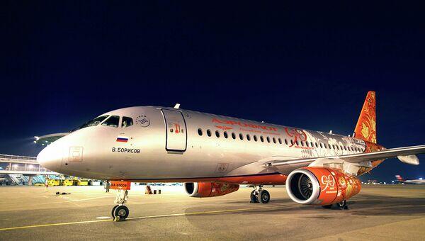 Лайнер Sukhoi Superjet 100 авиакомпании Аэрофлот. Архивное фото