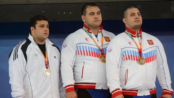 Бахадор Мулеи (Иран) - серебряная медаль, Албегов Руслан (Россия) - золотая медаль, Абуев Магомед (Россия) - бронзовая медаль