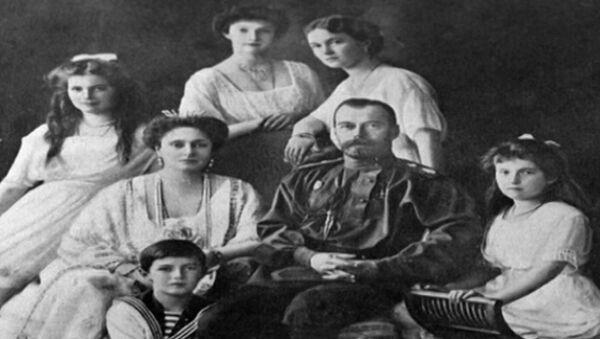 Архивные кадры к 95-летию со дня расстрела Николая II и его семьи
