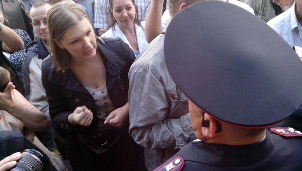На народном сходе на Хасанской улице в Петербурге