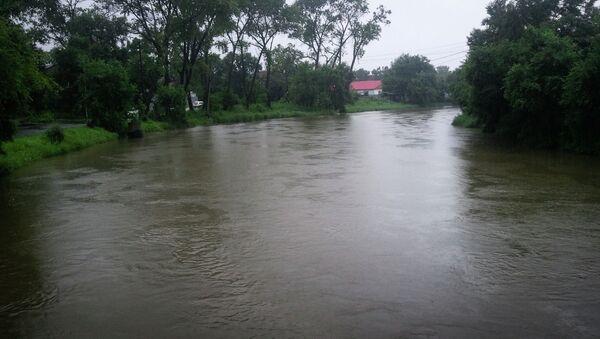 Подъем уровня реки Богатая в пригороде Владивостока