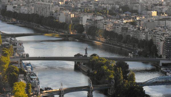 Река Сена в Париже. Архивное фото