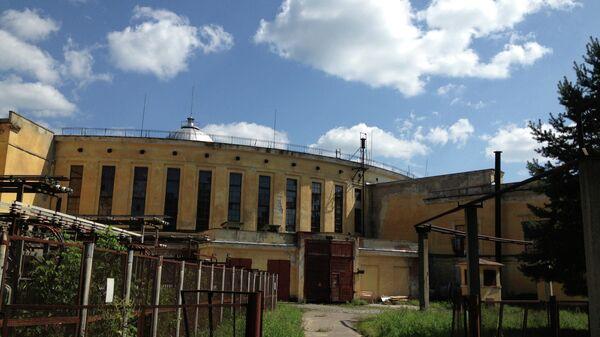 Здание нуклотрона в Дубне