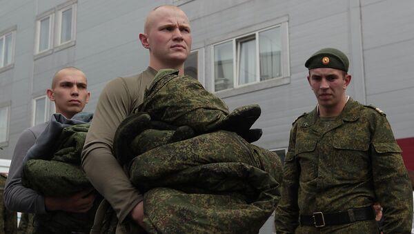 Солдаты-срочники. Архивное фото