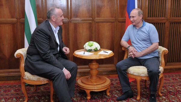 Владимир Путин и Александр Анкваб