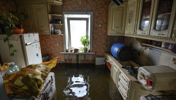 Затопленный дом одного из жителей микрорайона Хабаровска Красная речка