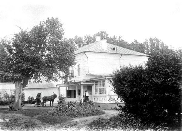 Усадьба Л.Н. Толстого Ясная Поляна (1895-1897 гг). Дом Толстых