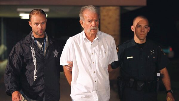 Пастор Терри Джонс, арестованный в США. Фото с места события