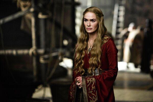 Кадр из сериала Игра престолов. Серсея Ланнистер