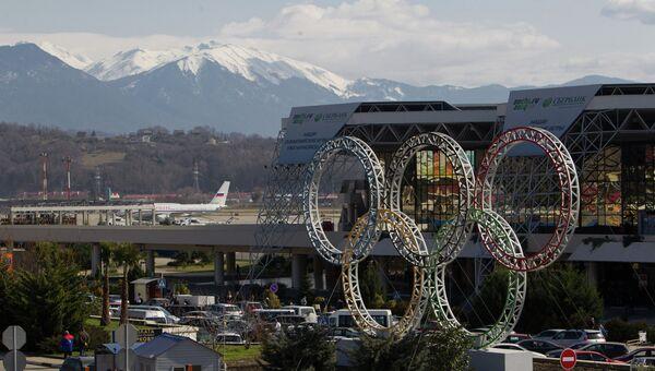 Олимпийская символика в Сочи. Архивное фото