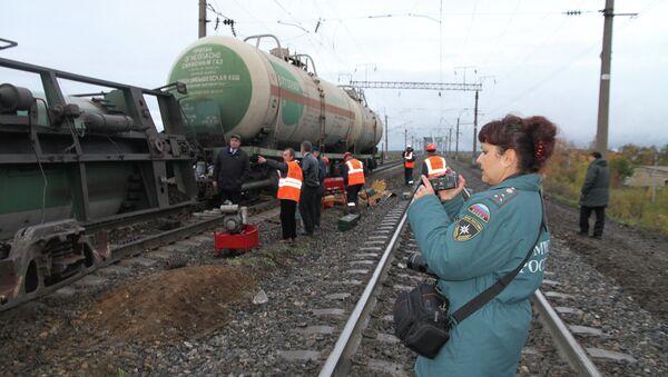 Сход с рельсов цистерн с пропаном в городе Буе Костромской области. Фото с места событий