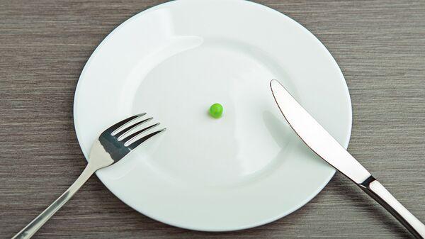 Горошина на тарелке, архивное фото