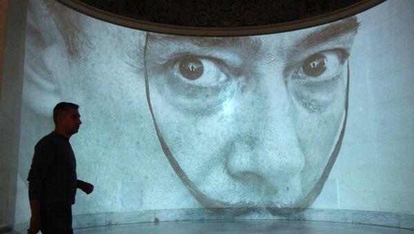 Выставка работ Сальвадора Дали. Архивное фото