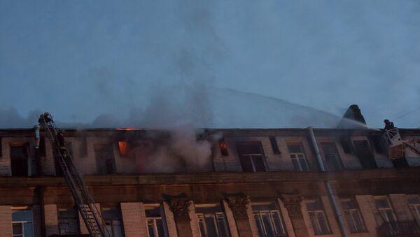 Пожар на Таврической улице в Петербурге. Фото с места событий