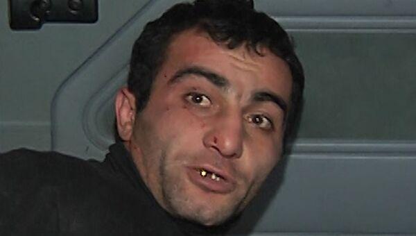 Подозреваемый в убийстве жителя московского района Западное Бирюлево Егора Щербакова Орхан Зейналов во время задержания сотрудниками полиции и СОБР в подмосковной Коломне.