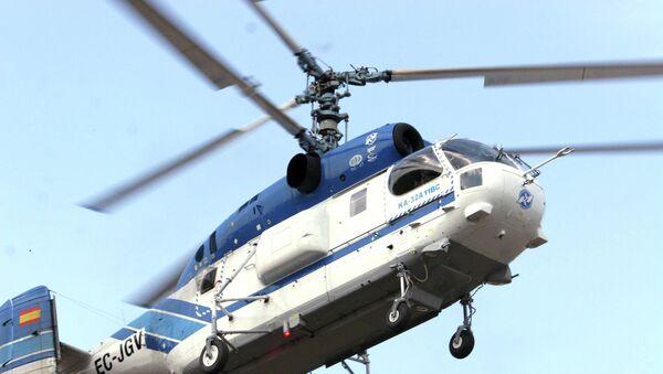 Вертолет Ка-32, предназначенный для тушения пожаров. Архивное фото