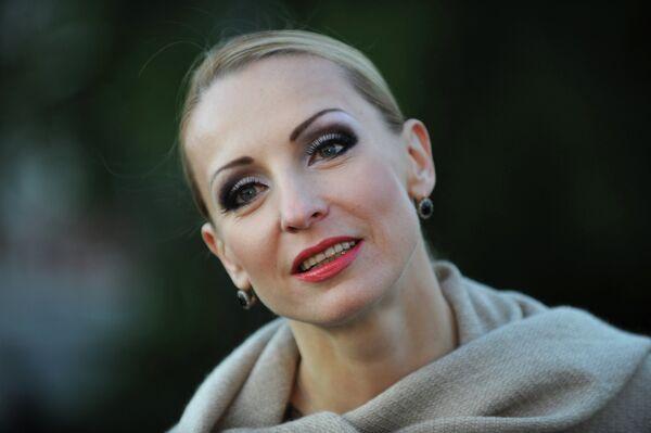 Балерина Илзе Лиепа перед премьерой хореографической постановки Классический балет на воде