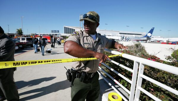 Стрельба в аэропорту в Лос-Анджелесе