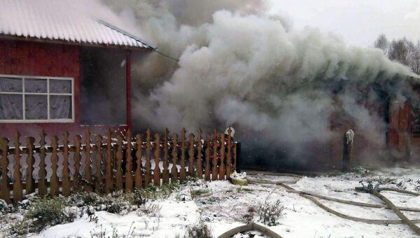 Тушение пожара в селе Мельниково Томской области