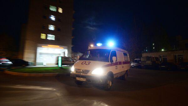 Работа бригады скорой помощи, архивное фото