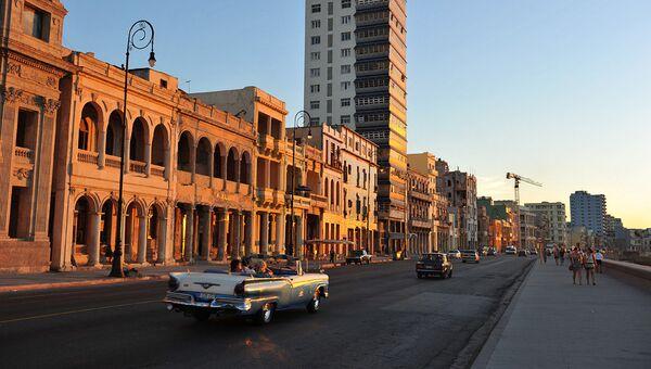 Центральная Гавана и набережная Malecon, архивное фото