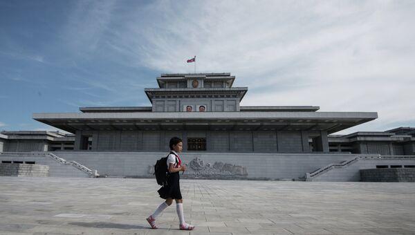 Кымсусанский дворец Солнца в Пхеньяне