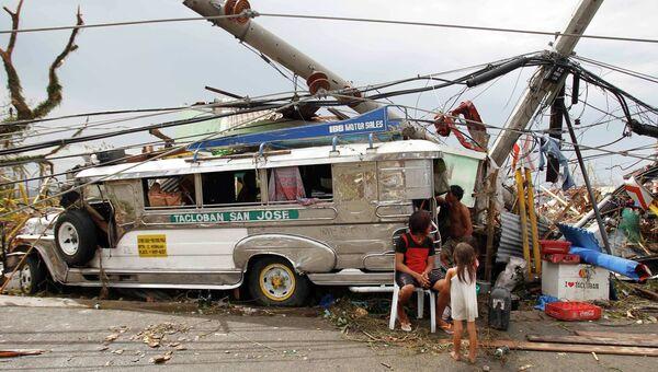 Последствия тайфуна на Филиппинах, фото с места событий
