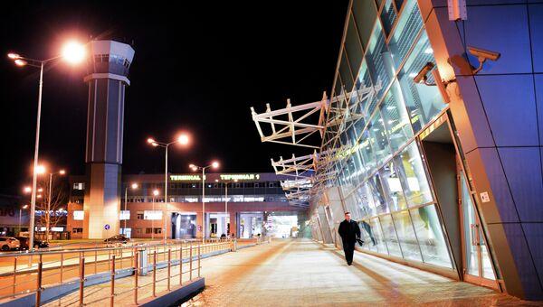Здание международного аэропорта  Казань