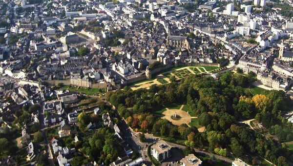 Вид на город Ванн, Франция