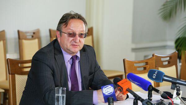 Министр образования и науки Самарской области Владимир Пылев, архивное фото