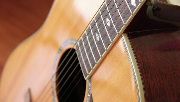 Гитара. Архивное фото