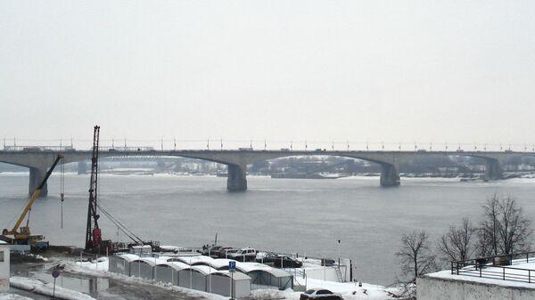 Октябрьский мост в городе Ярославль