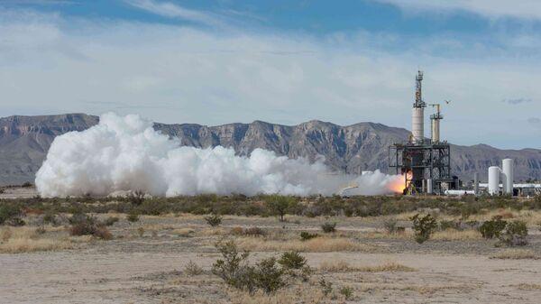 Испытание двигателя для суборбитального корабля фирмы Blue Origin. Фото с места событий