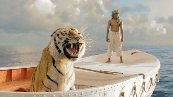 Кадр из фильма Жизнь Пи